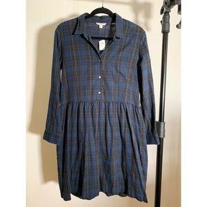 Gap shirt dress - new with tags. Medium. Pockets!